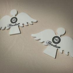 angeliukai balti plastikiniai su uzrasu