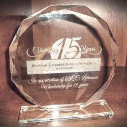 stiklo apdovanojimas-15-years angliskai