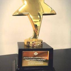 auksine zvaigzde apdovanojimas-daktaras-housas