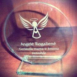 apdovanojimas-geriausiai-mamai-pasaulyje is stiklo