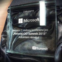 stiklinis apdovanojimas-microsoft padeka