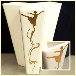 balerina-vaza-lipdukas-auksinis