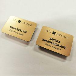 darbuotoju-korteles-prisegamos-magnetuku aukso spalvos