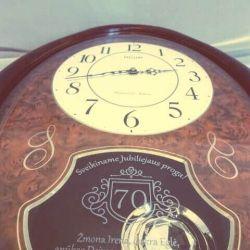 dovana-jubiliejaus-laikrodis