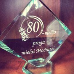stikline dovana-mociutei-80