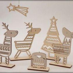 kaledins-dekoracijos-stoveliai mediniai