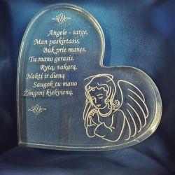 krikstynu-angeliukas-sirdele organinio stiklo