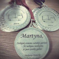 metaliniai medaliai-nuo-mokytojo aukletiniams