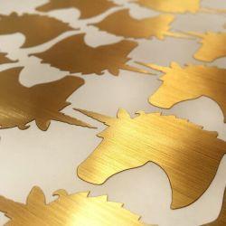 metalizuotas-lipdukas-auksinis