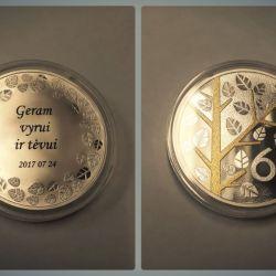 sidabrinis medalis proginis jubiliejinis 60 graviruotas