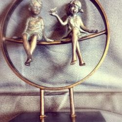 graviruota statulele-jaunavedziu dovana