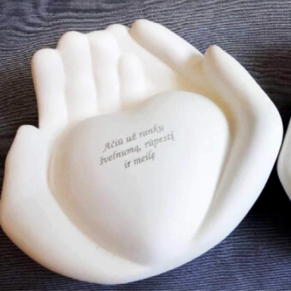 keramikos-graviravimas