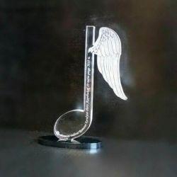 apdovanojimas-statulele-nata-plunksna