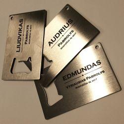metalo-graviravimas-pabroliam dovanos per vestuves