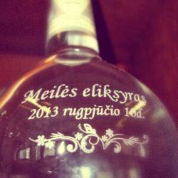 butelis-meiles-eliksyras