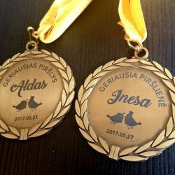 geriausiems-pirsliams-medaliai