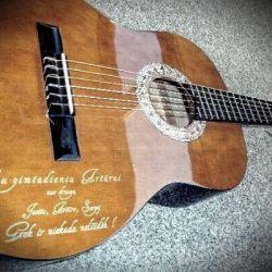 graviruota-gitara su gimtadieniu nuo draugu