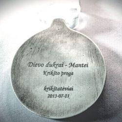 keraminis-medalis krikstynu proga