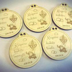 krikstynu dovaneles mediniai medaliai
