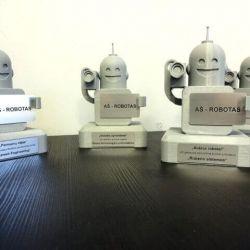 statuleles ir lenteles as robotas apdovanojimai