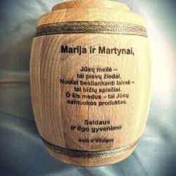 medaus-statinaite-vestuvems dovana
