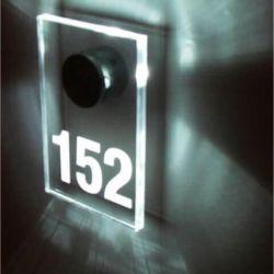 svieciantis numeris-152