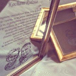 padeka tevams graviruota ant veidrodzio lenku kalba su nuotrauka