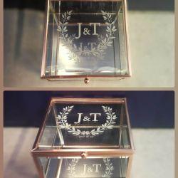 stikline-dezute-su-veidrodziu graviruota vestuvems