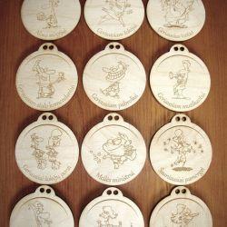 vestuviniai-mediniai-medaliai-ir-gamyba